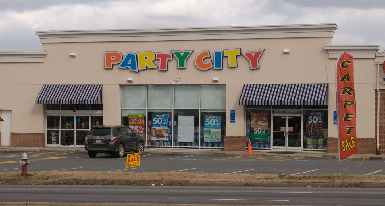 Toys From Party City : Can party city fill the toys r us void with seasonal toy