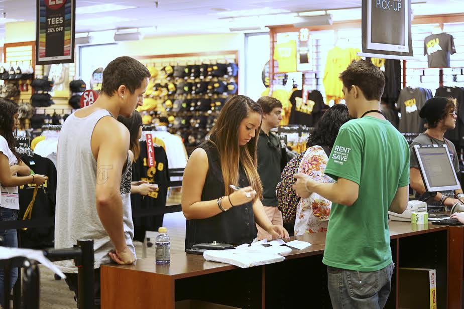 Barnes Noble College S Plan To Study Student Shoppers