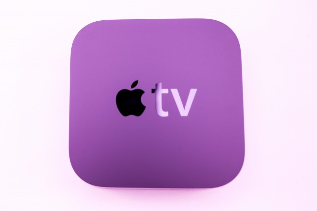 The Apple TV console could be used to extend in-store signals between individuals' iPhones and larger video monitors as they approach.