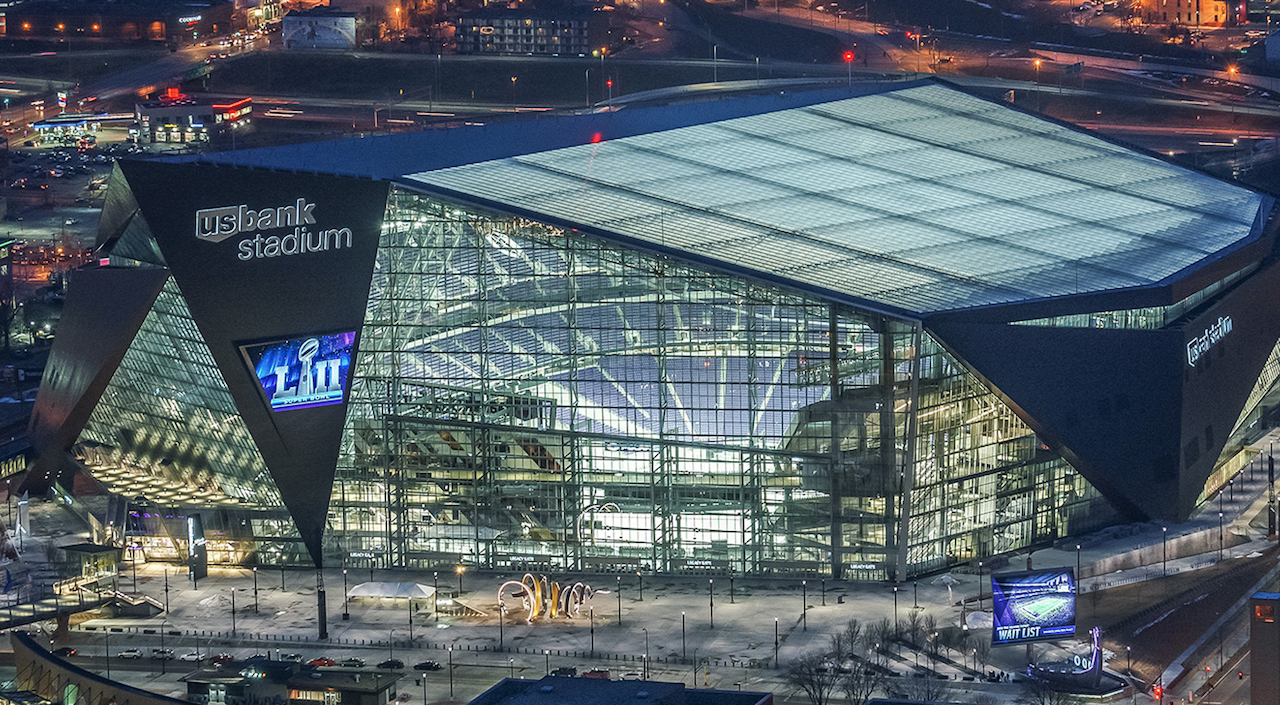 reputable site 33032 904a2 Handicapping Super Bowl LII: Sports Bars Are The Underdog ...
