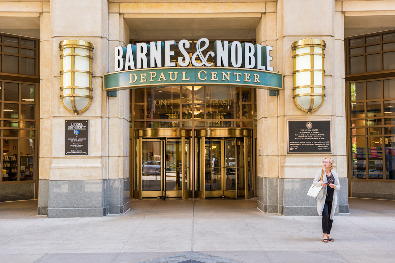 How Barnes Noble College Cmo Lisa Malat Stays Focused On Back To